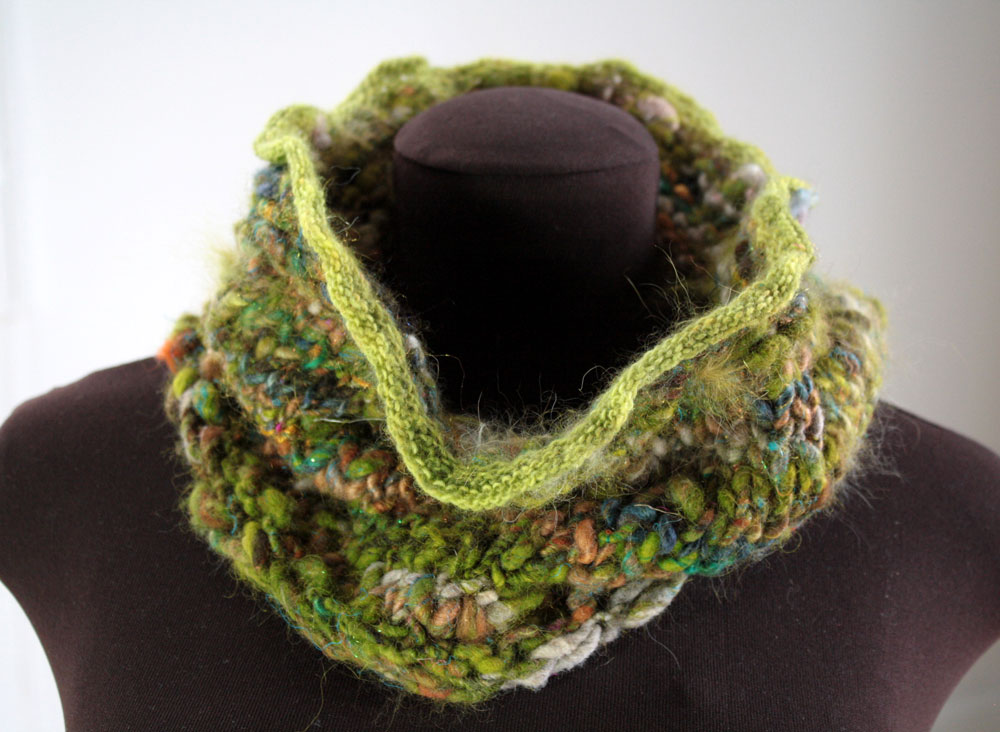 knit-cowl-wide